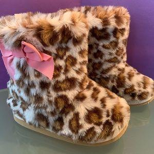 Gymboree Sz 9 Parisian Chic Leopard Fur Boot pink